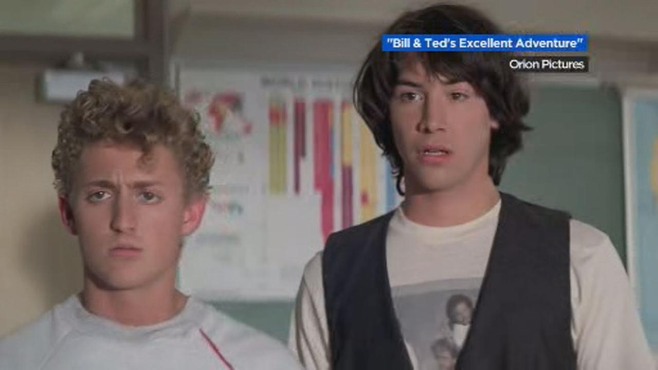 This image shows Alex Winter and Keanu Reeves in the 1989 box office phenomenon Bill and Teds Excellent Adventure.