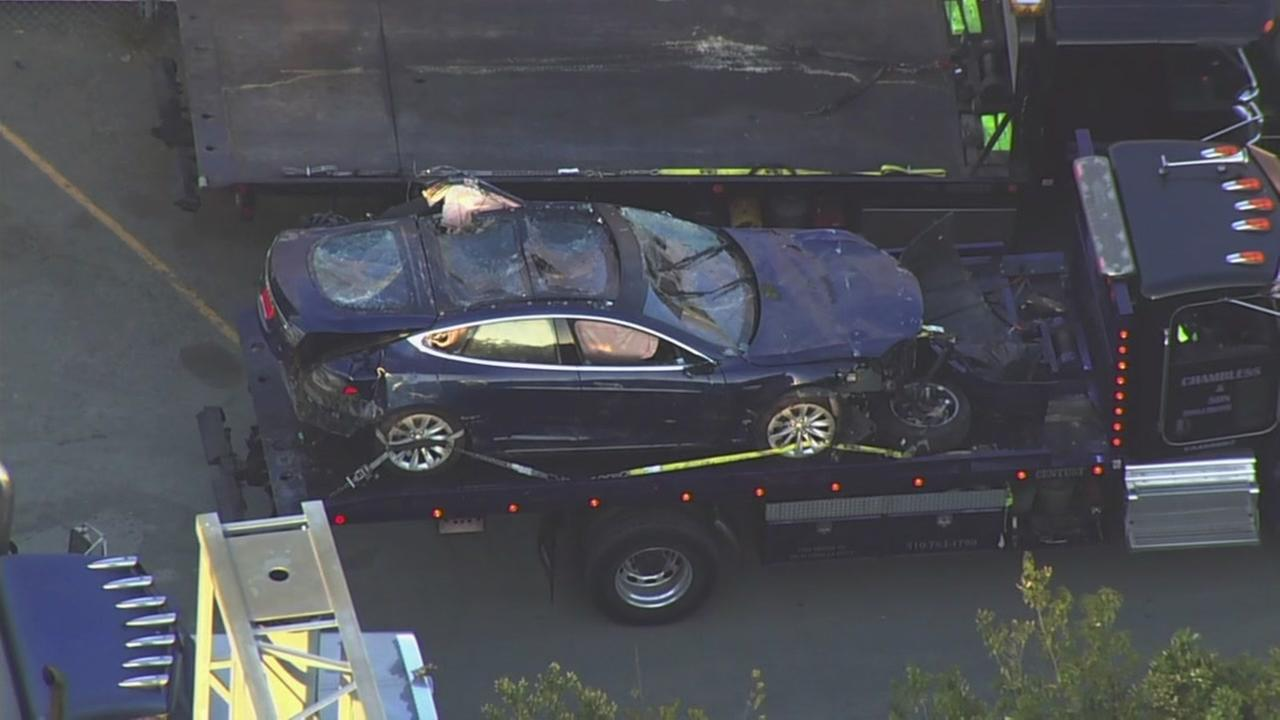 Tesla Model S involved in deadly crash into pond in Castro Valley, California on Monday, May 21, 2018.