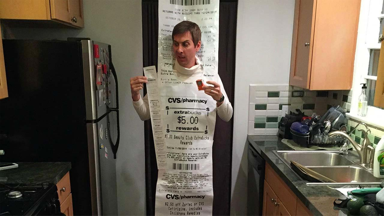 man pokes fun at ridiculously long cvs receipts with awesome