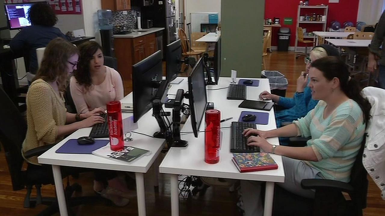 4 women at computers at the Hackbright Academy