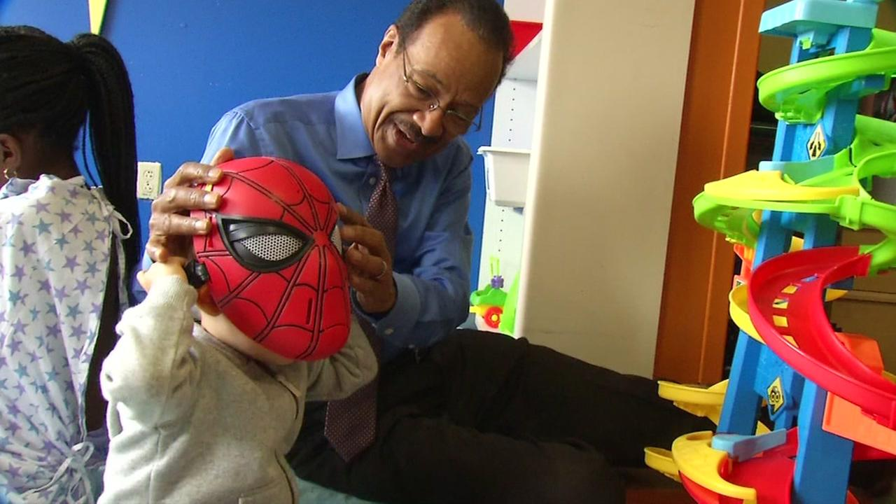 ABC7 News Weather Anchor Spencer Christian is seen with a young patient at UCSF Benioff Childrens Hospital Oakland in Oakland, Calif. on Wednesday, August 22, 2018.