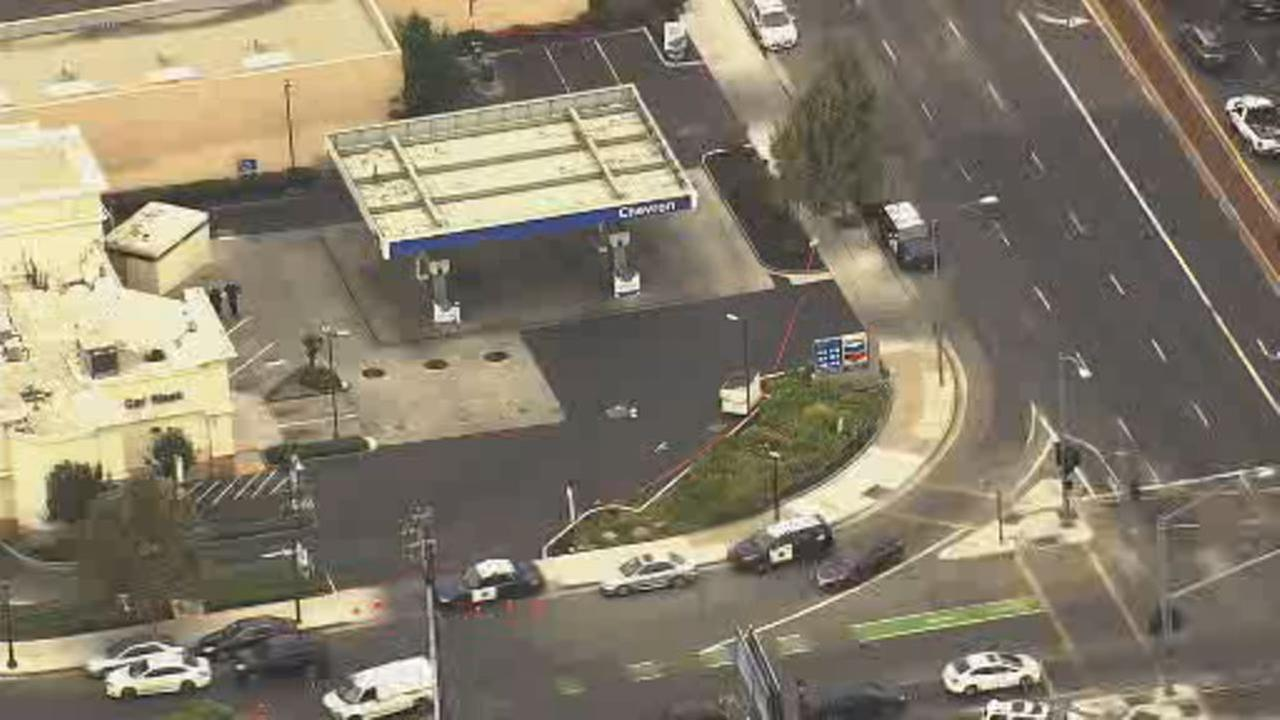 This image shows SKY7 over the Chevron gas station on Bird Avenue were San Jose police say a stabbing victim was found around 5:15AM on August 23.