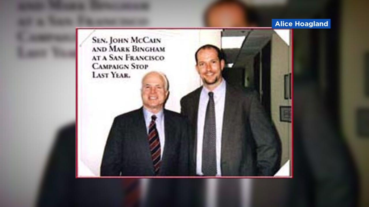 Senator John McCain takes a photo with Mark Bingham at a San Francisco campaign stop.
