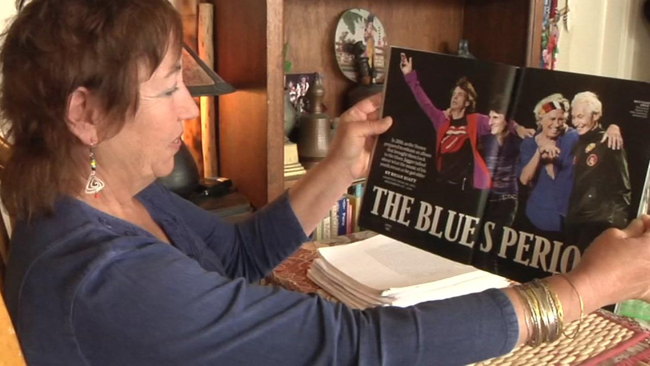 Barbara Lewis looks at an article about the Rolling Stones in her San Francisco home on Wednesday, August 29, 2018.