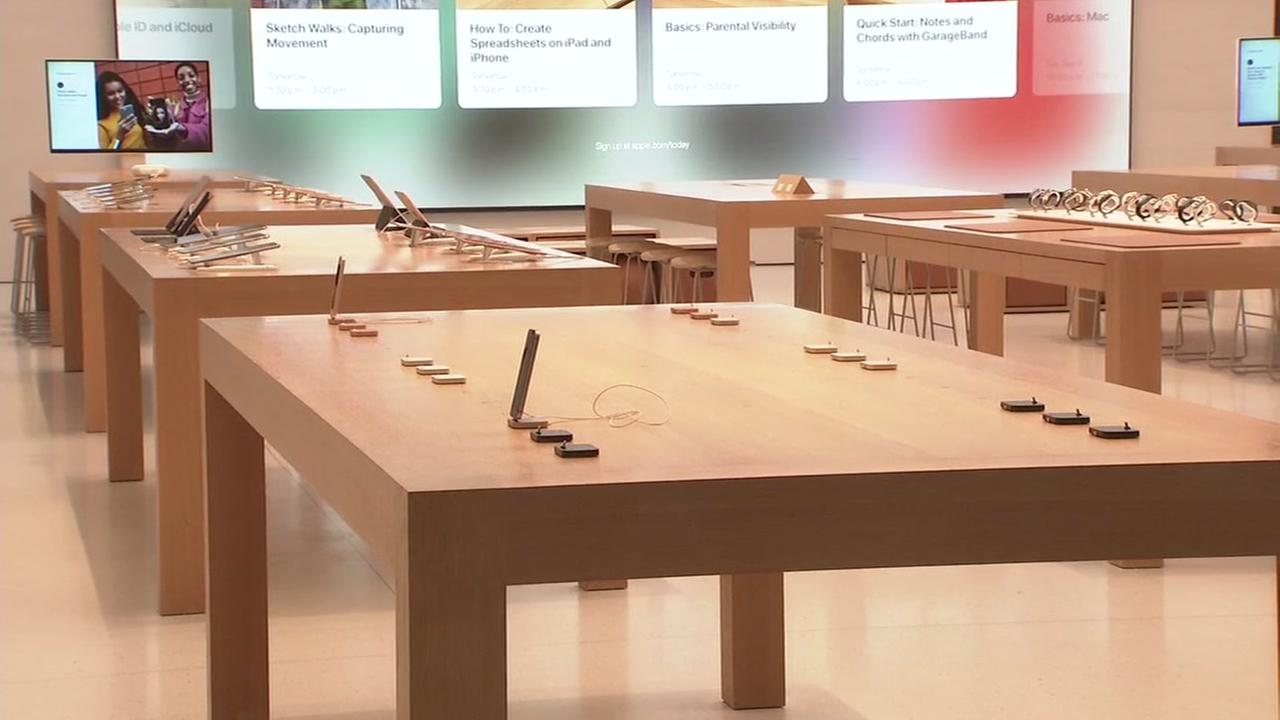 A display table is seen after a robbery at an Apple store in Burlingame, Calif. on Sunday, September 2, 2018.