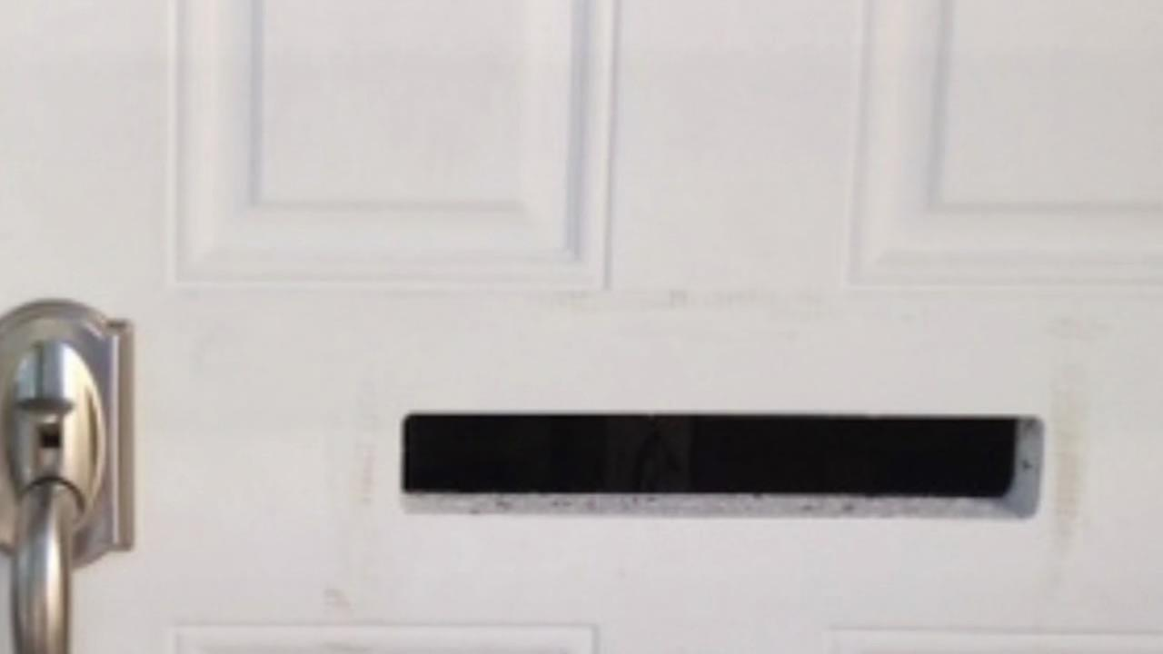 mail slot without a cover