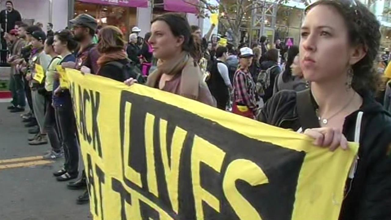 Black Lives Matter protest held at Emeryvilles Bay Street mall ahead of MLK Day