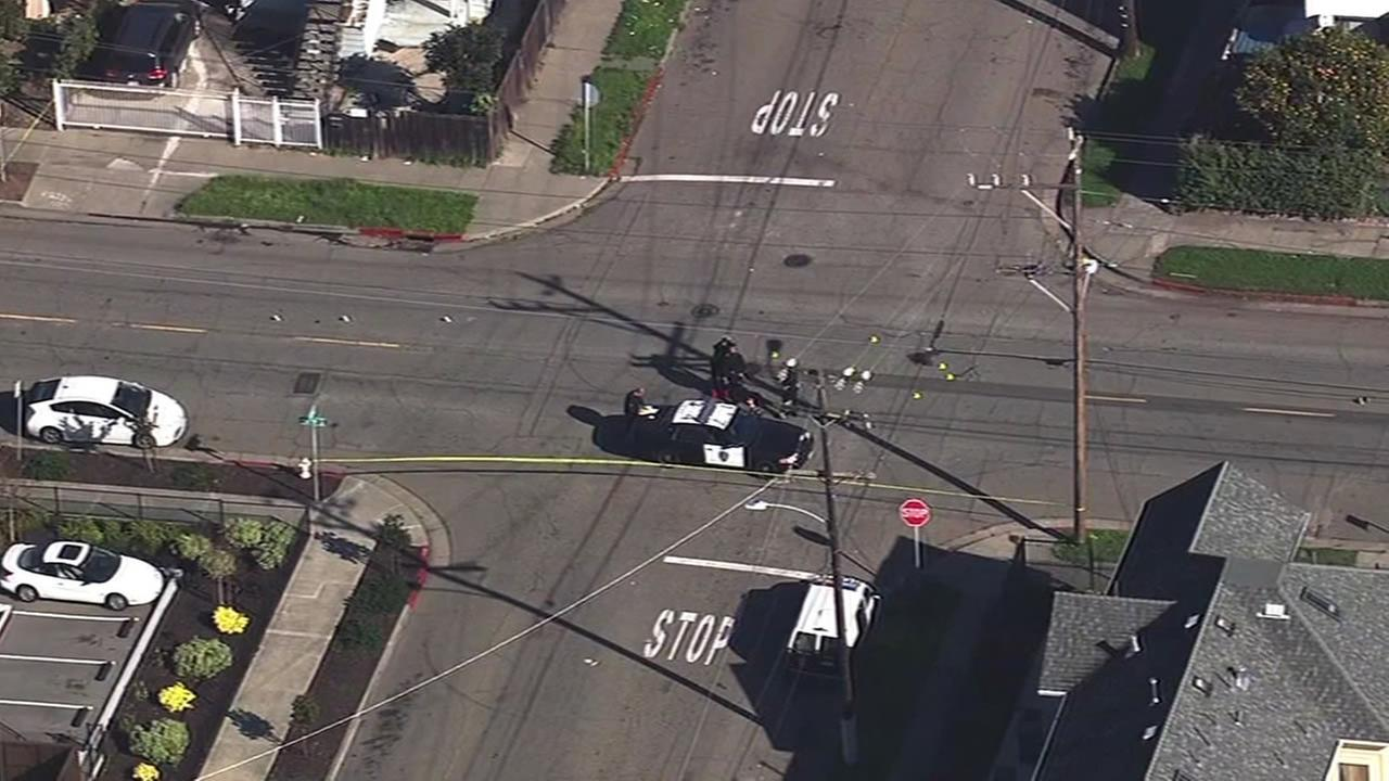 Pedestrian fatally struck in East Oakland