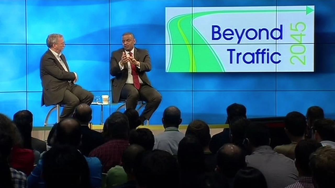 Anthony Foxx speaking at Google