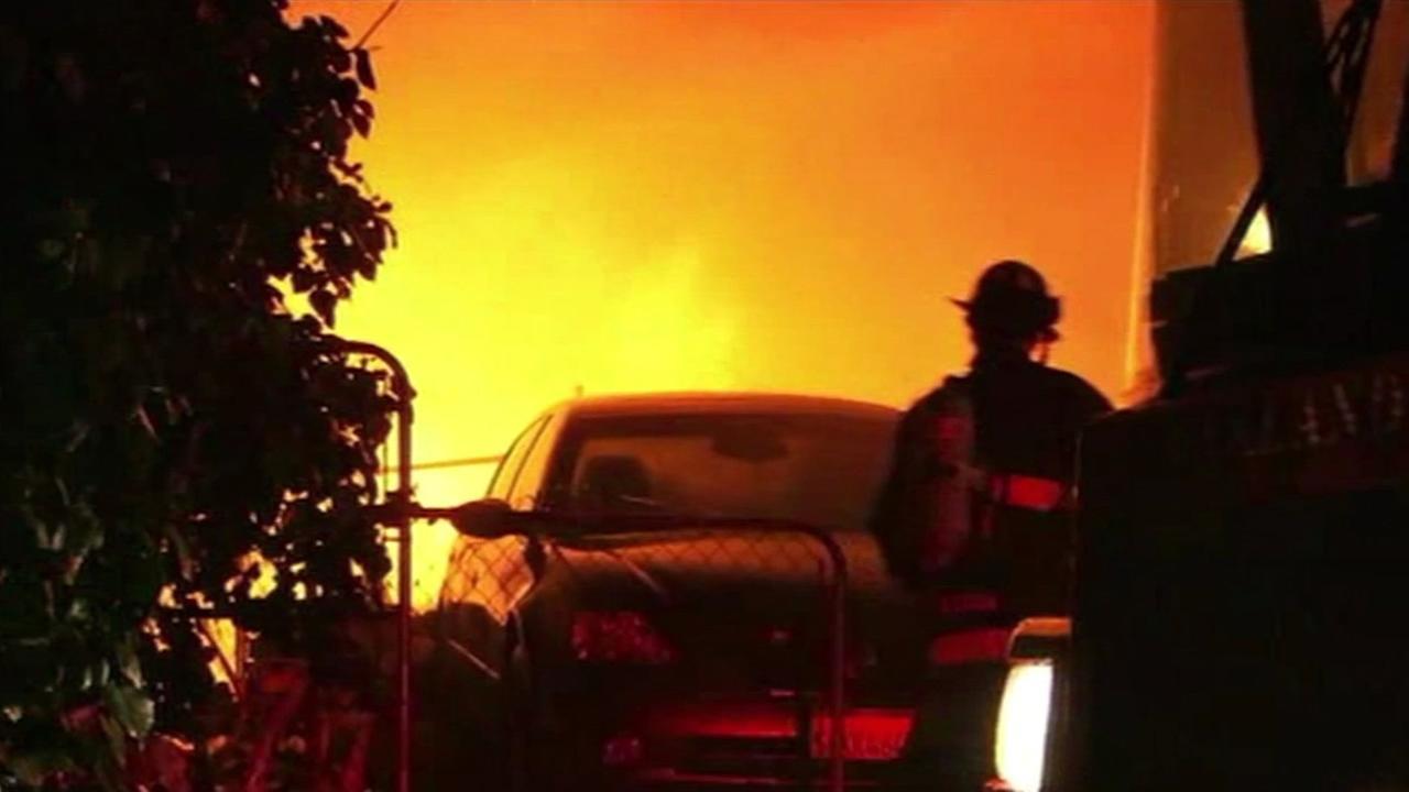 Two-alarm fire at a triplex near Oaklands San Antonio Park