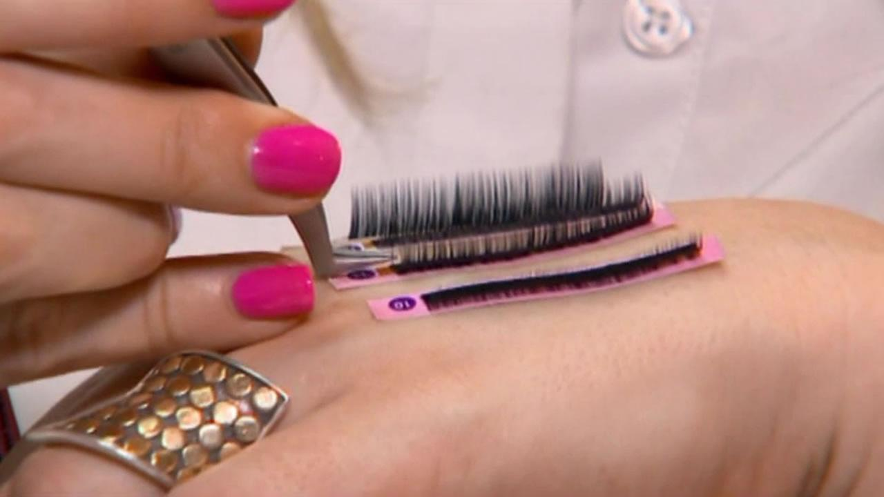 Eyelash Extensions Can Cause Severe Allergic Reaction Abc7news