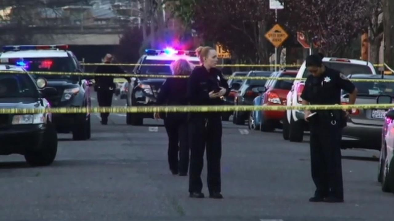 Oakland police are mobilizing major resources to solve Mondays shootout that killed a woman who shielded her two children from the gunfire.