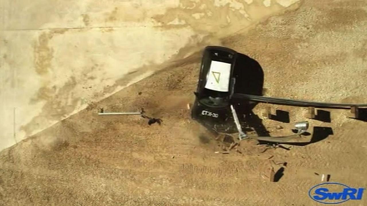 ET-Plus guardrail crash test