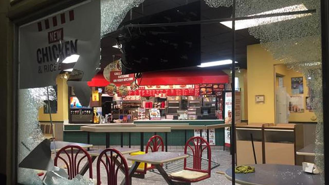 KFC in Downtown Oakland smashed