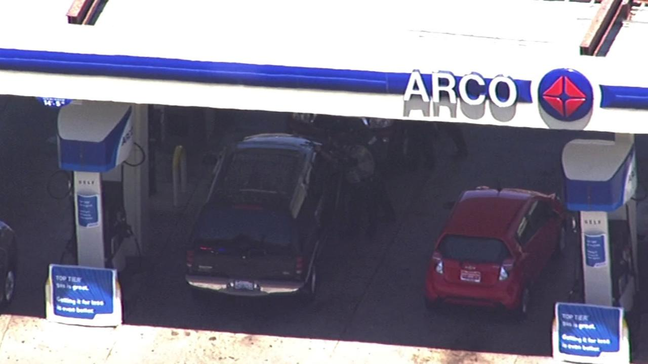Multiple agencies assisted in a hostage situation at an ARCO gas station in Antioch, Calif. on May 27, 2015.
