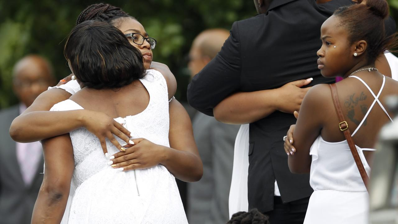 Mourners arrive to mourn the death of Sandra Bland at the DuPage African Methodist Episcopal Church Saturday, July 25, 2015, in Lisle, Ill.