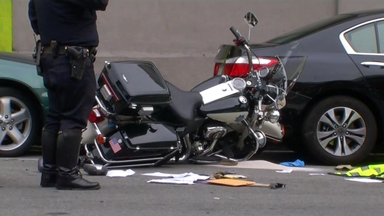 A San Francisco police was injured in a crash on Leavenworth Street and Golden Gate Avenue, Tuesday, August 25, 2015.