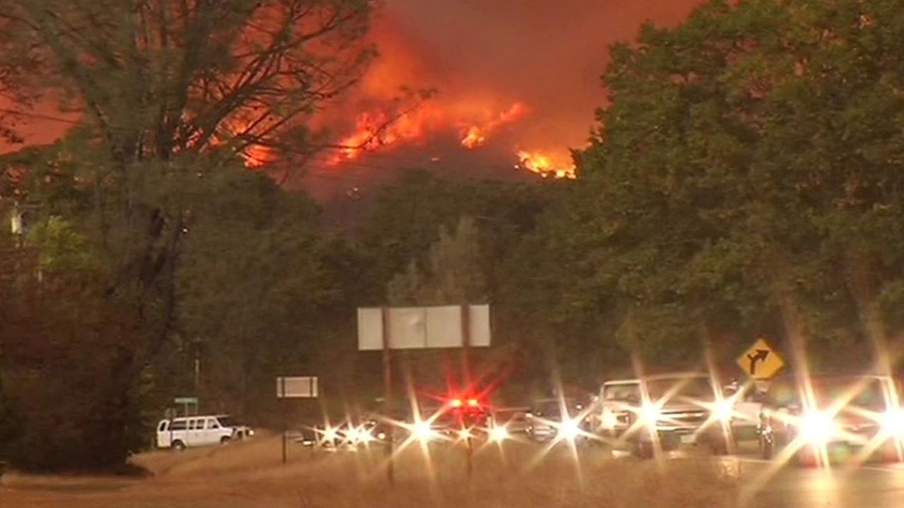 Valley Fire victims in their cars evacuating