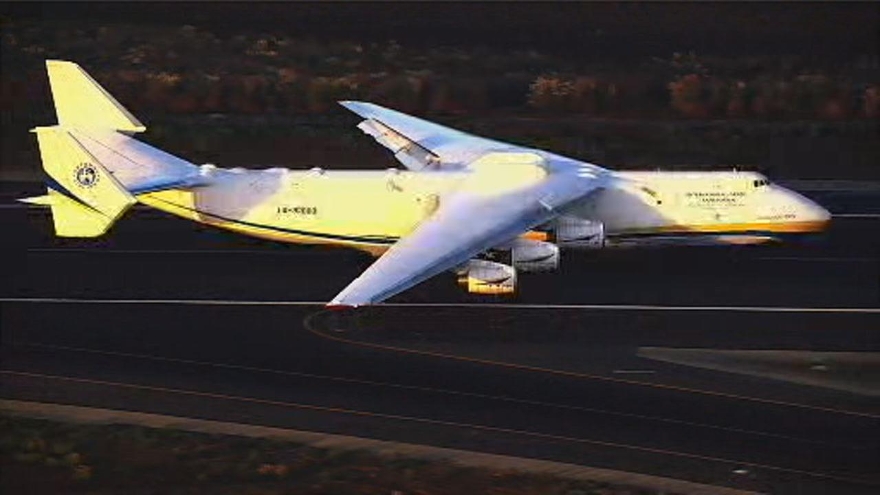 This image shows the biggest plane in the world taking off from Oakland International Airport on Sept. 10.