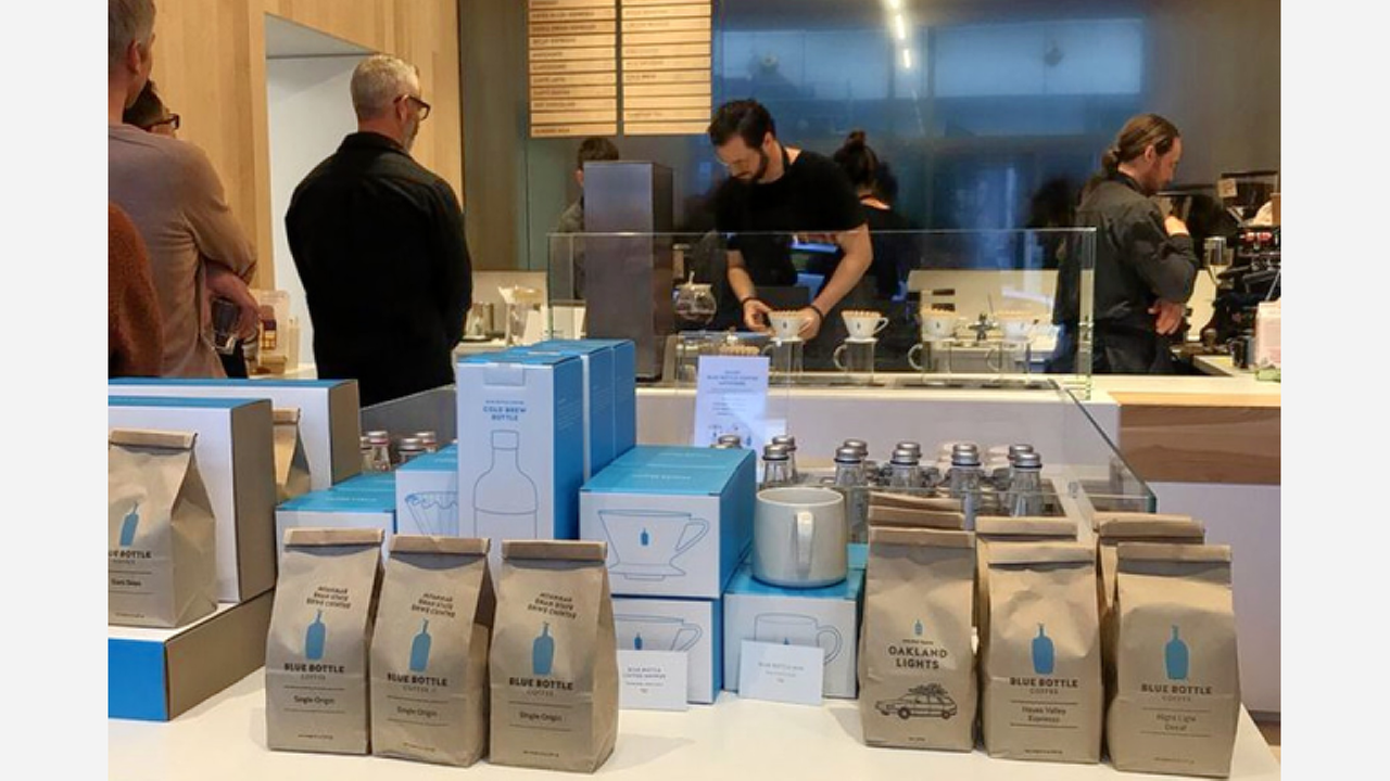 FiDi's Newest 'Blue Bottle Coffee' Makes Its Debut