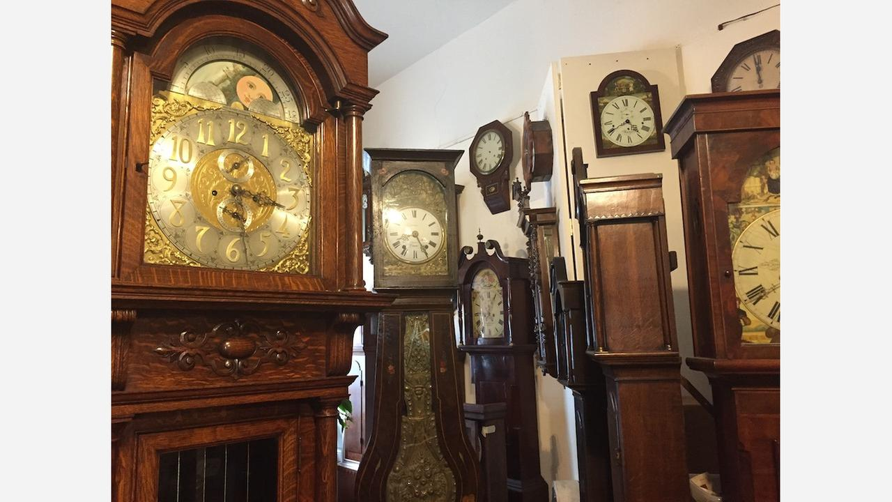 Right On Time: Inside The Western Addition's 'Smith Clock Co.'