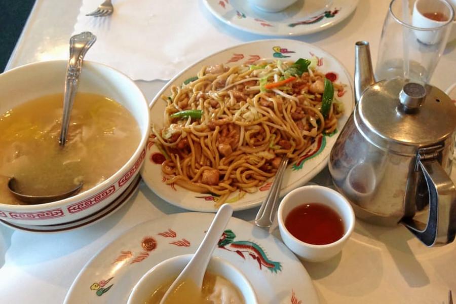 Hunan Restaurant. | Photo: Christine A./Yelp