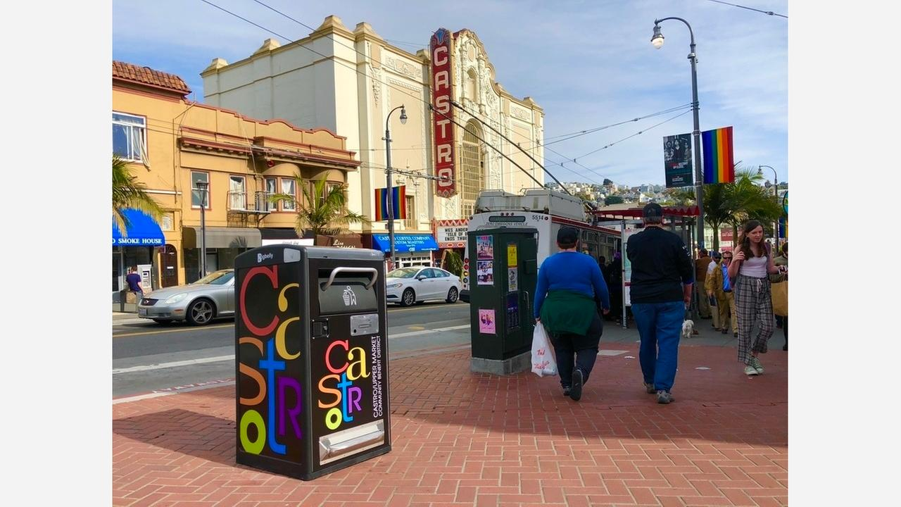 Five new Bigbelly trash cans were installed yesterday. | Photo: Steven Bracco/Hoodline