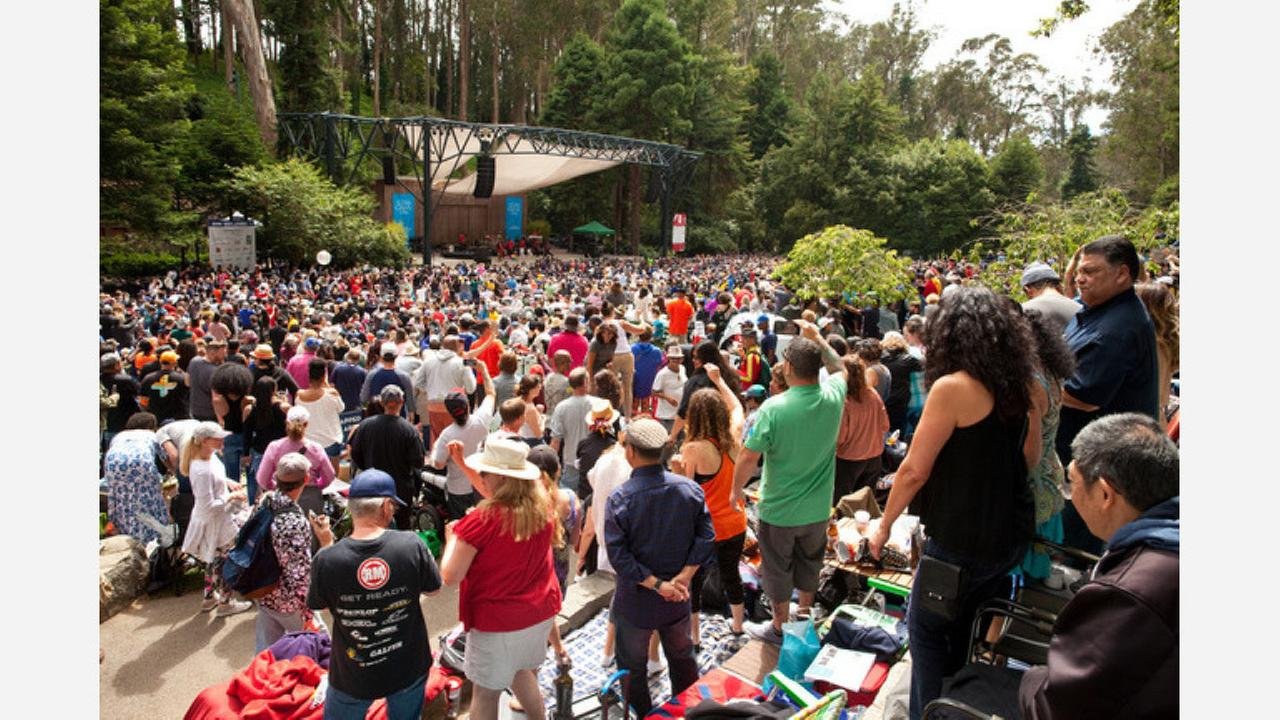 A concert at the Stern Grove Festival. | Photos: Cheryl Guerrero/Hoodline