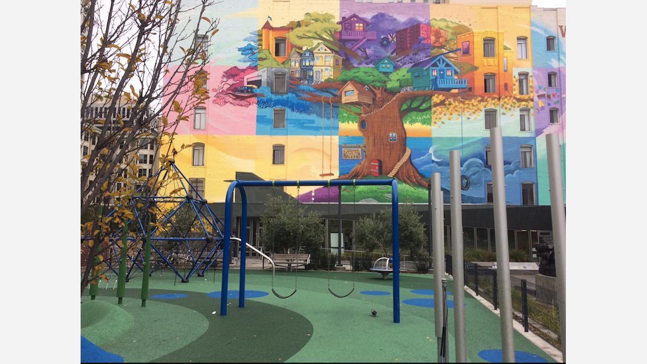 Everyone Deserves A Home mural in Boeddeker Park. | Photo: Carrie Sisto/Hoodline