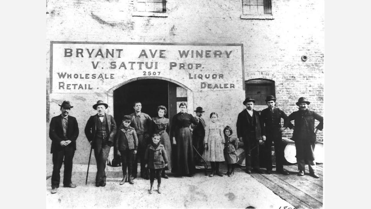 Sattui family members and winery employees in the late 1890s. | Photos: V. Sattui Winery