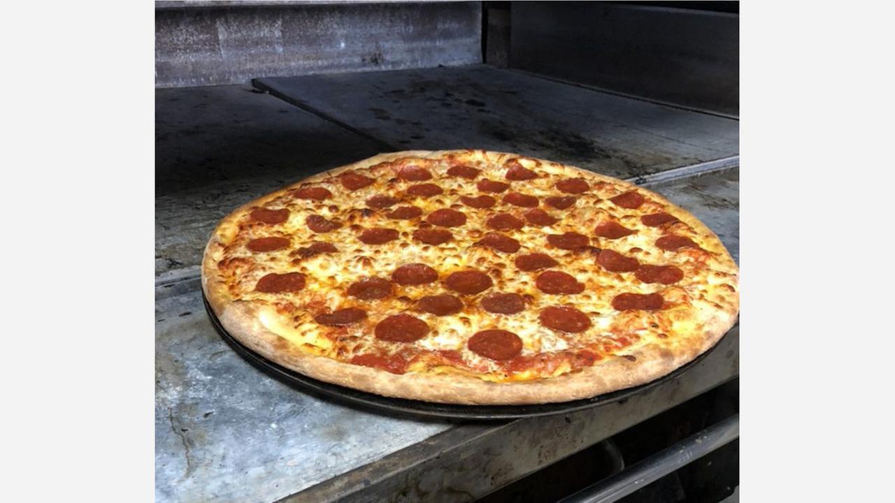 Photo: Reds Pizzeria/Yelp
