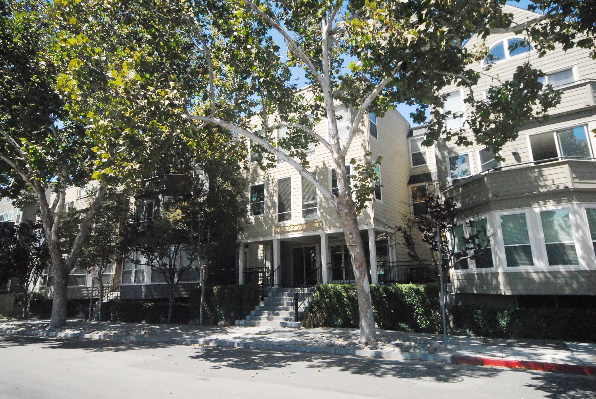 411 Park Ave.   Photos: Zumper
