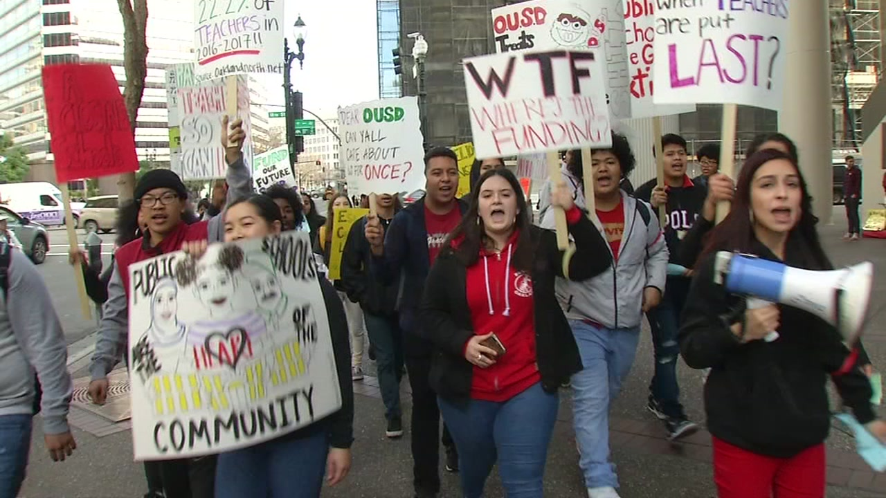 This image shows teachers protesting in Oakland, Calif. on Friday, Jan. 18, 2019.