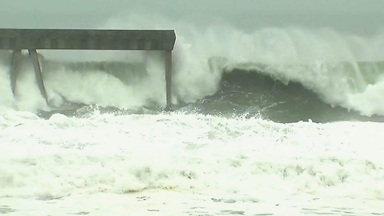 High swells are seen at Ocean Beach in San Francisco, Calif. on December 7, 2015.