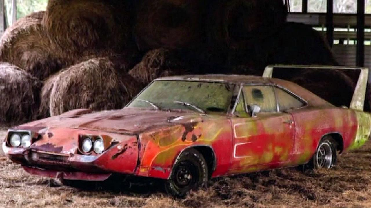Know And Tell Man Finds Rare 1969 Dodge Charger Daytona In Alabama