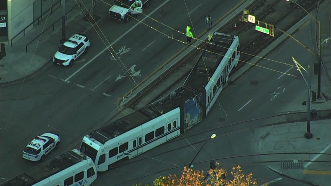 A VTA light rail train has derailed near the Childrens Discovery Museum in San Jose.