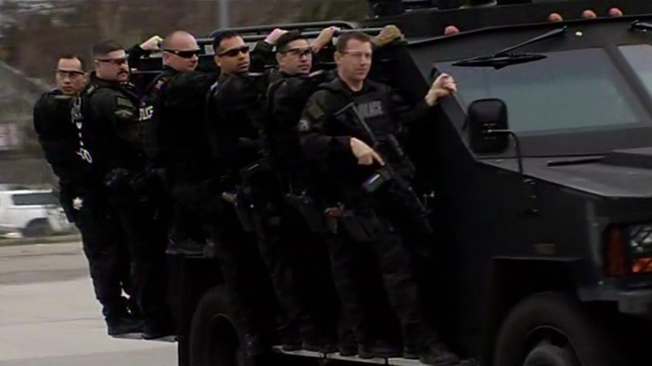 FBI officials train in Santa Clara, Calif. ahead of Super Bowl 50 on Thursday, January 28, 2016.