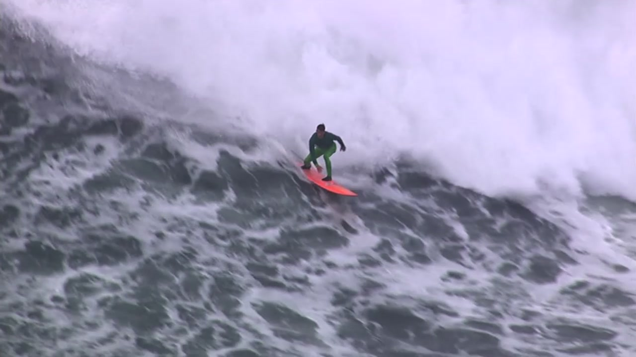 With 30 to 40-foot waves headed toward the infamous Mavericks surf spot the Bay Area big wave surf competition could be making a comeback in a matter of days.
