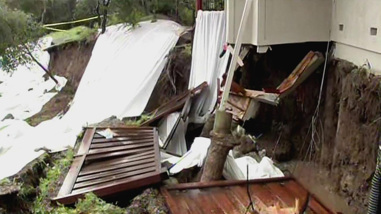 A growing landslide has forced two families to evacuate their homes in Moraga, Calif.
