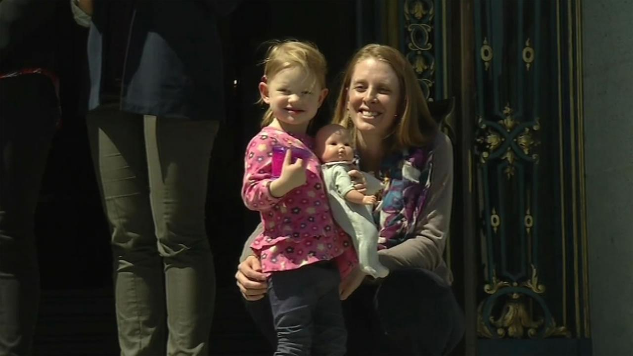 This image shows San Francisco attorney Kim Turner and her daughter at San Francisco City Hall, April 5, 2016.