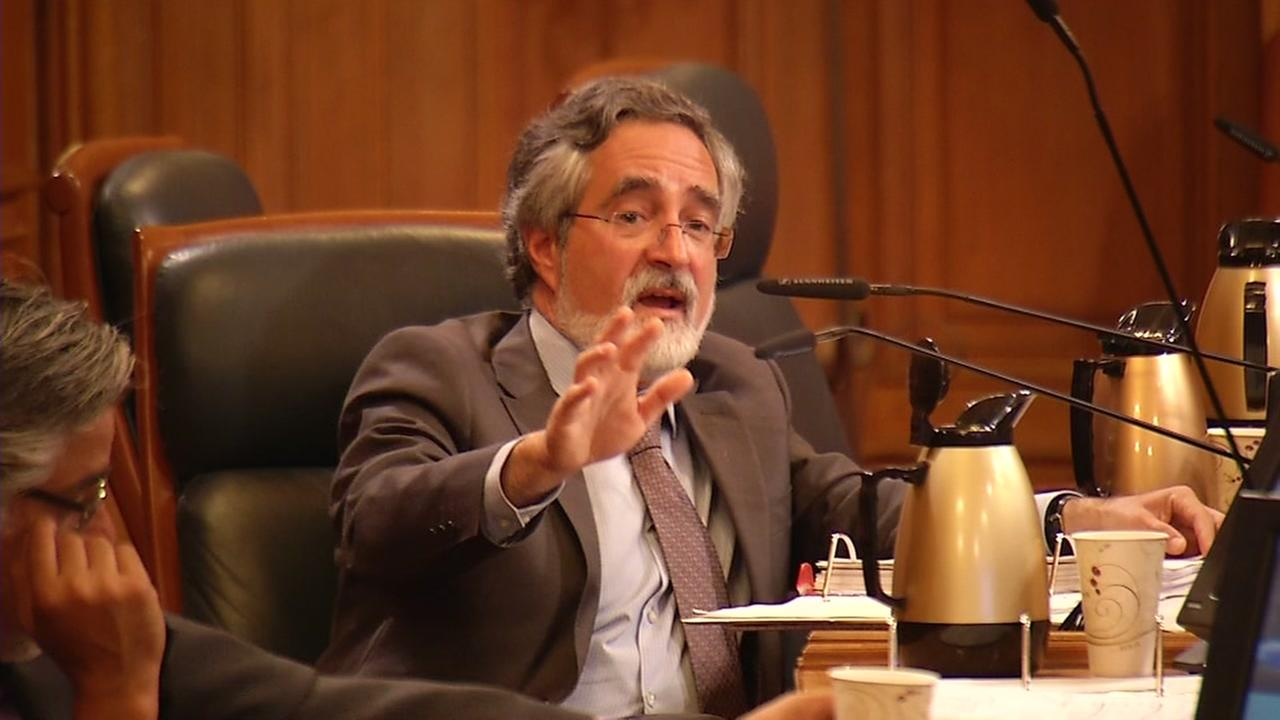 Aaron Peskin, a member of the San Francisco Board of Supervisors, speaks at a hearing over the sinking of the Millenium Tower in San Francisco, Calif. on September 22, 2016.