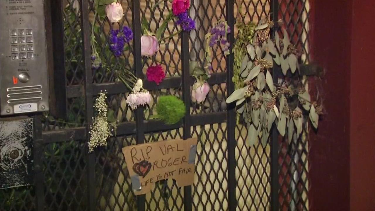 A memorial appears on Feb. 2, 2017 outside the former home of a Berkeley couple who was found dead in their apartment.