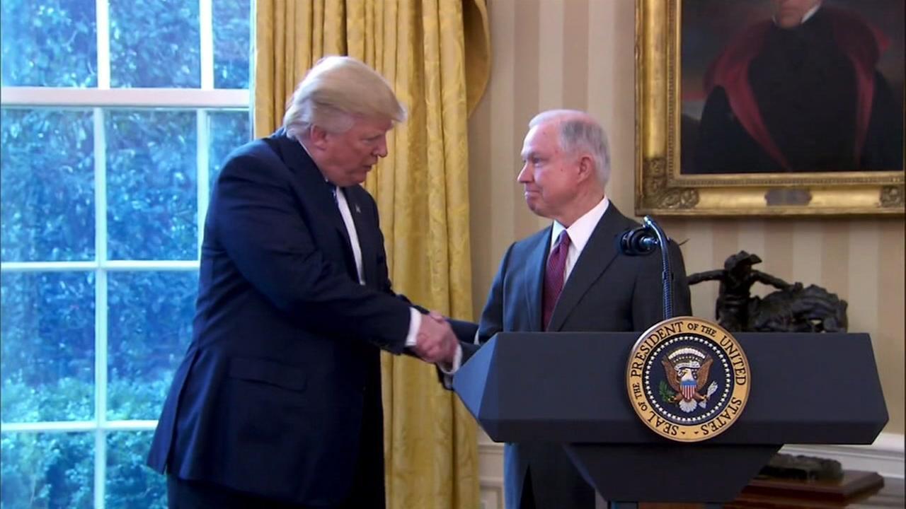 Trump calls criticism of Sessions a witch hunt