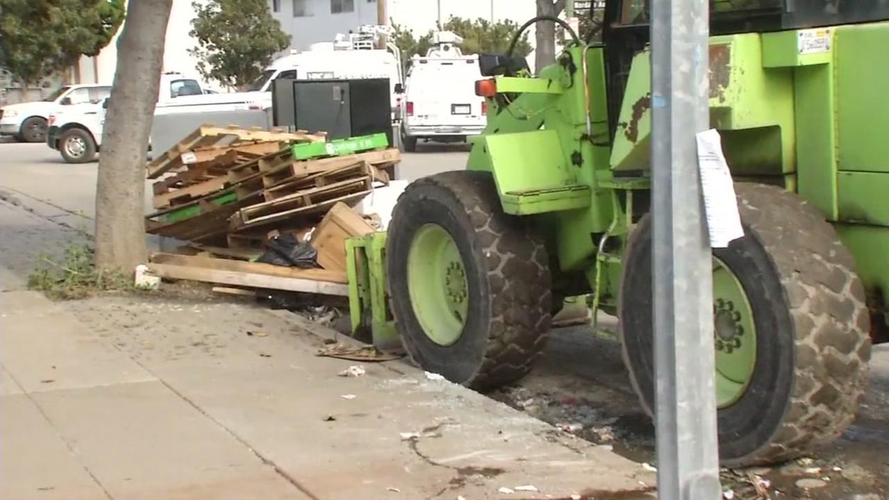 San Jose officials go door to door assessing damages, talking to residents
