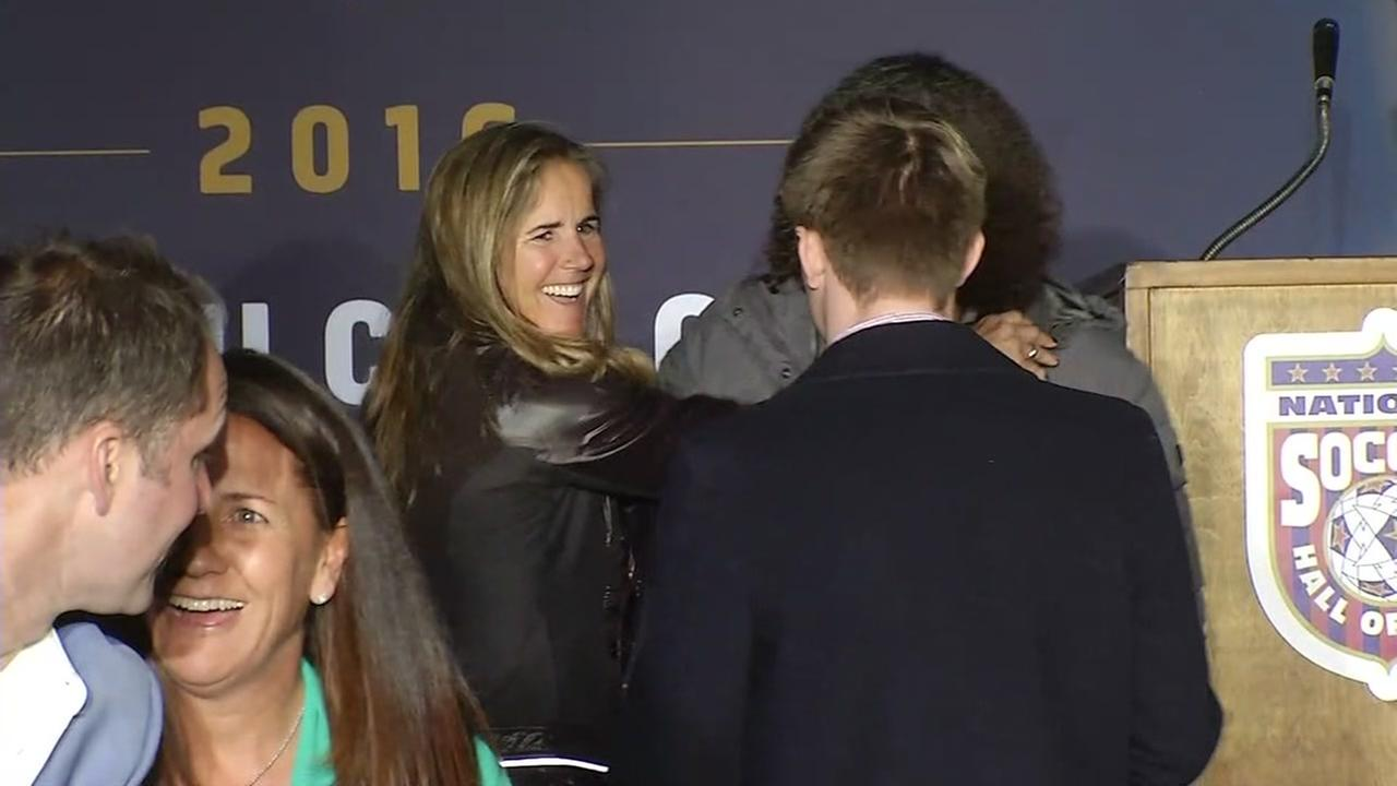 Brandi Chastain honored at U.S. Mens soccer game in San Jose