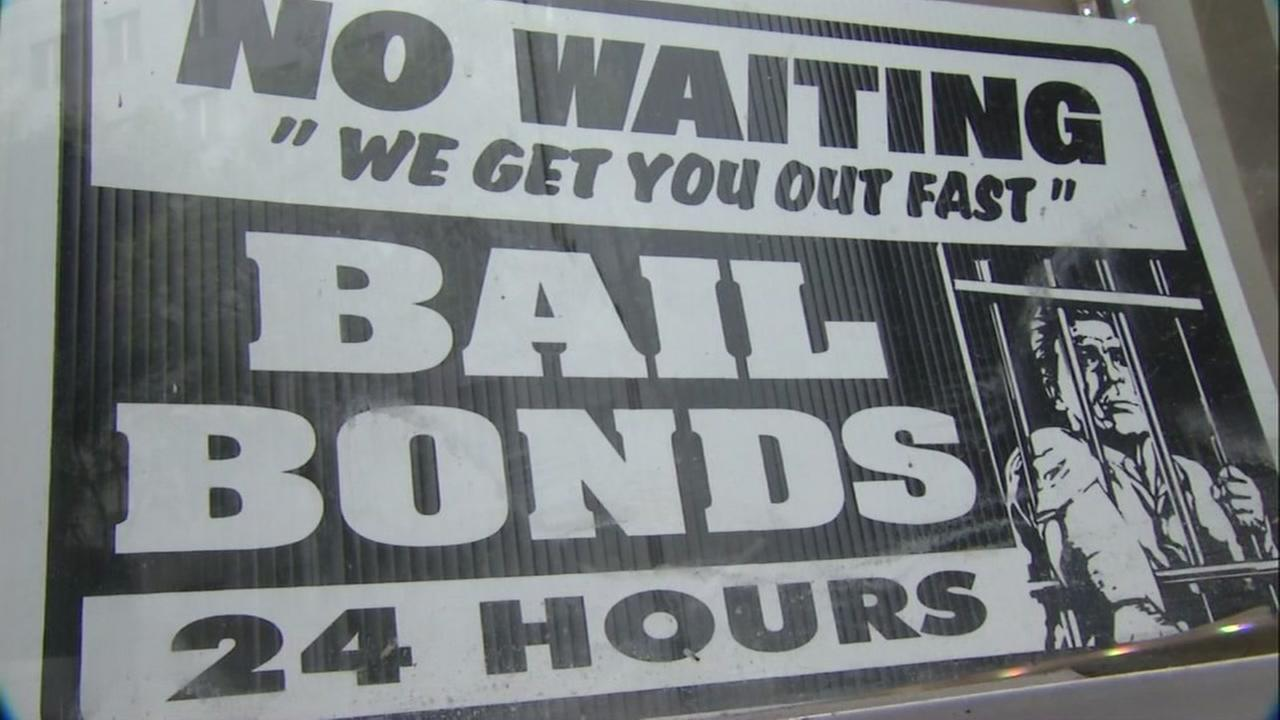 This is an undated image of a sign advertising bail bonds.