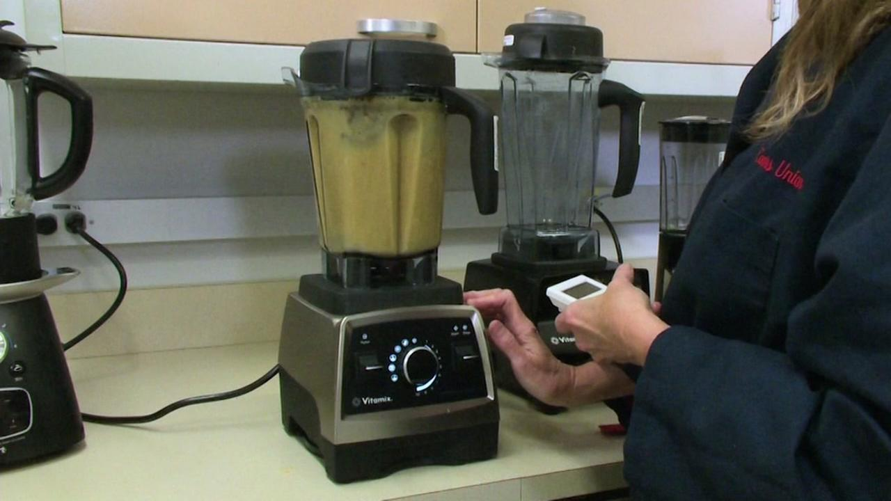 Consumer Reports Teams Up With 7 On Your Sides Michael Finney For Best Blender Reviews