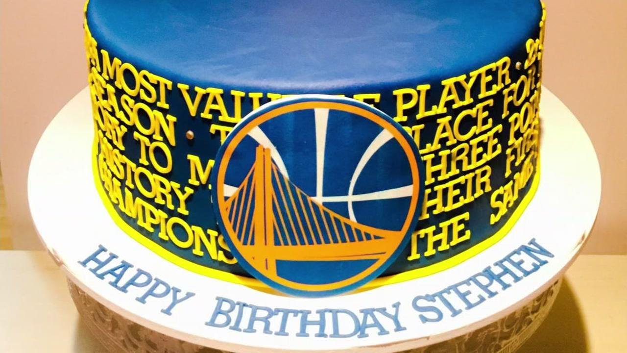 Warriors superstar players describe their favorite cakes