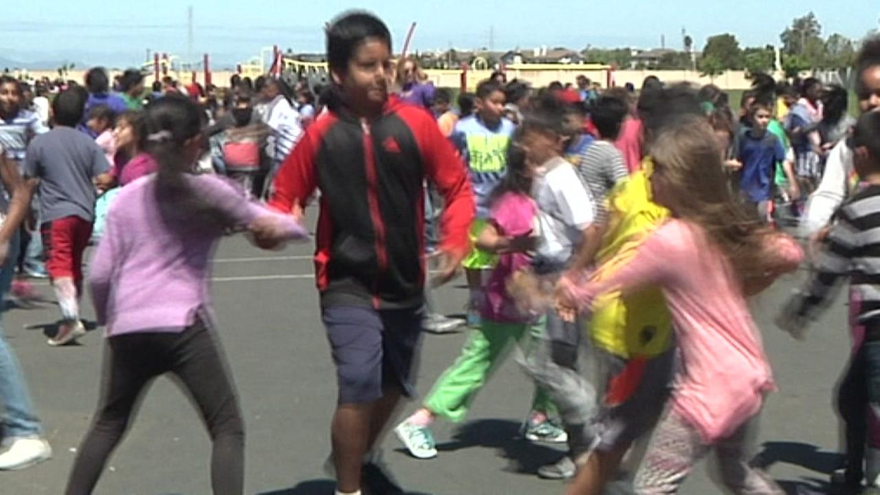 East Bay elementary school aims for Guinness Book record for Line Dancing