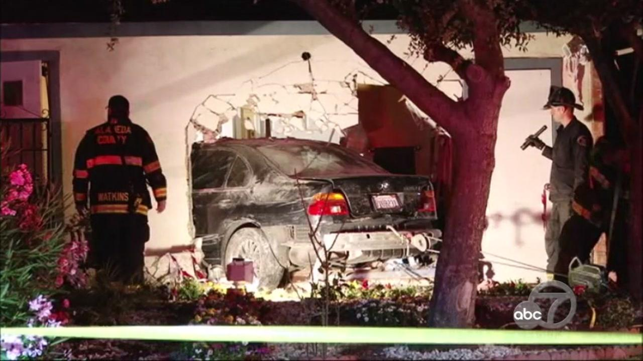 5 displaced after vehicle crashes into homes in Union City